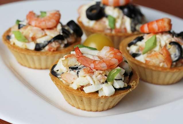 Рецепты салатов с креветками в тарталетках рецепт