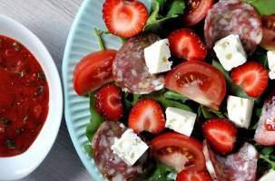 рецептами летних овощных салатов